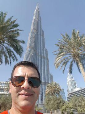 Selfie with the Burj Khalifa